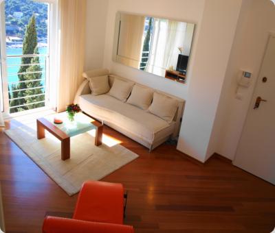 L' Heure Bleue Apartment